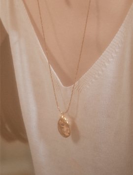 Metal Pearl Long Necklace