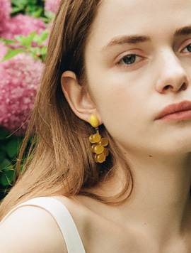 Yellow Grape Earring