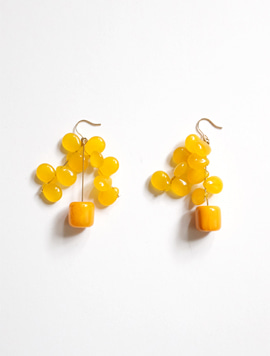 Yellow Grape Tree Earring