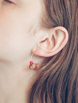 Ring Red Earring