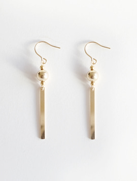 Ball Stick Earring