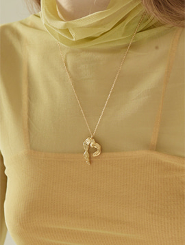 Scent Flow Heart Necklace