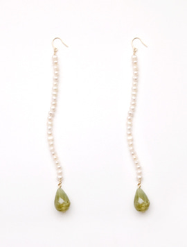 Summer Vine Green Earring