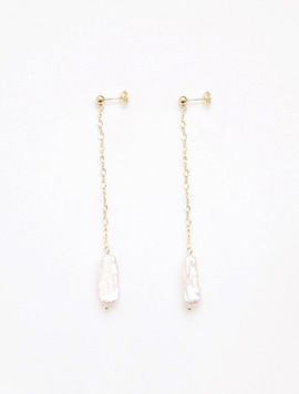 Melting Candle Pearl Short Earring