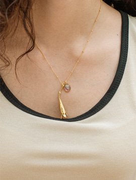 Dewy Flower Necklace (Gold)
